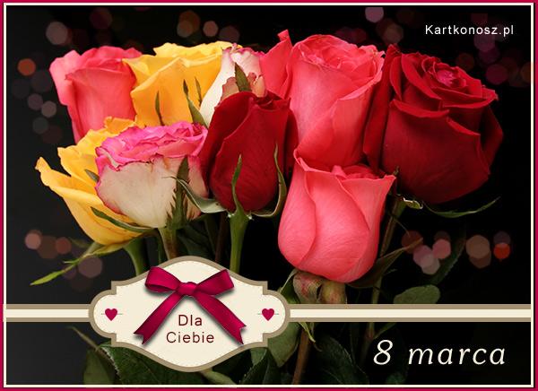 Z bukietem róż